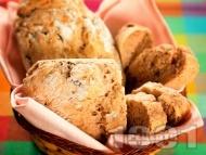 Питки със сушени сливи и орехи
